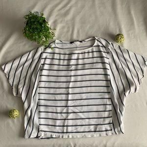 ⚪️ZARA Medium White and Black Striped Boatneck Top